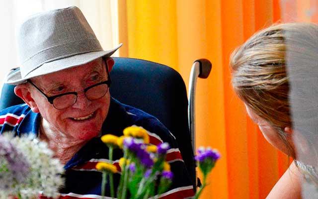 Stichting De Tijdmachine: Vrijwilligers - Ervaringen - Jikke Broxterman